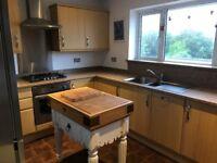 Howdens Kitchen, Granite Worktops & Appliances