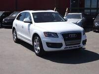 2011 Audi Q5 2.0T Premium / AWD / LEATHER / ROOF