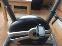 BODY SCULPTURE BC164E EXERCISE BIKE