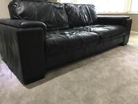 3 seater black leather sofa in good condition