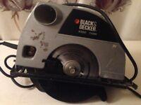 Circular saw brand new blade black and decker