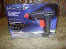 PARKSIDE ELECTRIC GLUE GUN - BRAND NEW , UNUSED.