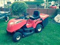 MOUNTFIELD MP84C RIDE ON MOWER / TRACTOR