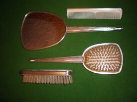 VITANGE Silver plated Vanity Set brushes mirror