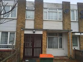 Lovely 3 Bedroom House, Newly Refurbed and Fully Furnished in Plaistow E13