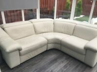 Leather corner sofa 3-4 seats very good condition!