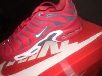 Red, White and Grey Tns