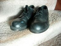 Arco safety shoes , steel toe cap