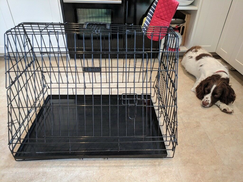 Ellie-Bo Deluxe Sloping Puppy Cage Medium 30 inch Black Folding Dog Crate with Non-Chew Metal Tray Fleece and Slanted Front For Car