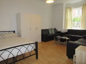 Very large room for 2 persons for rent Greenford London