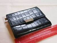 WOMEN'S SMALL BLACK LEATHER FURLA PURSE