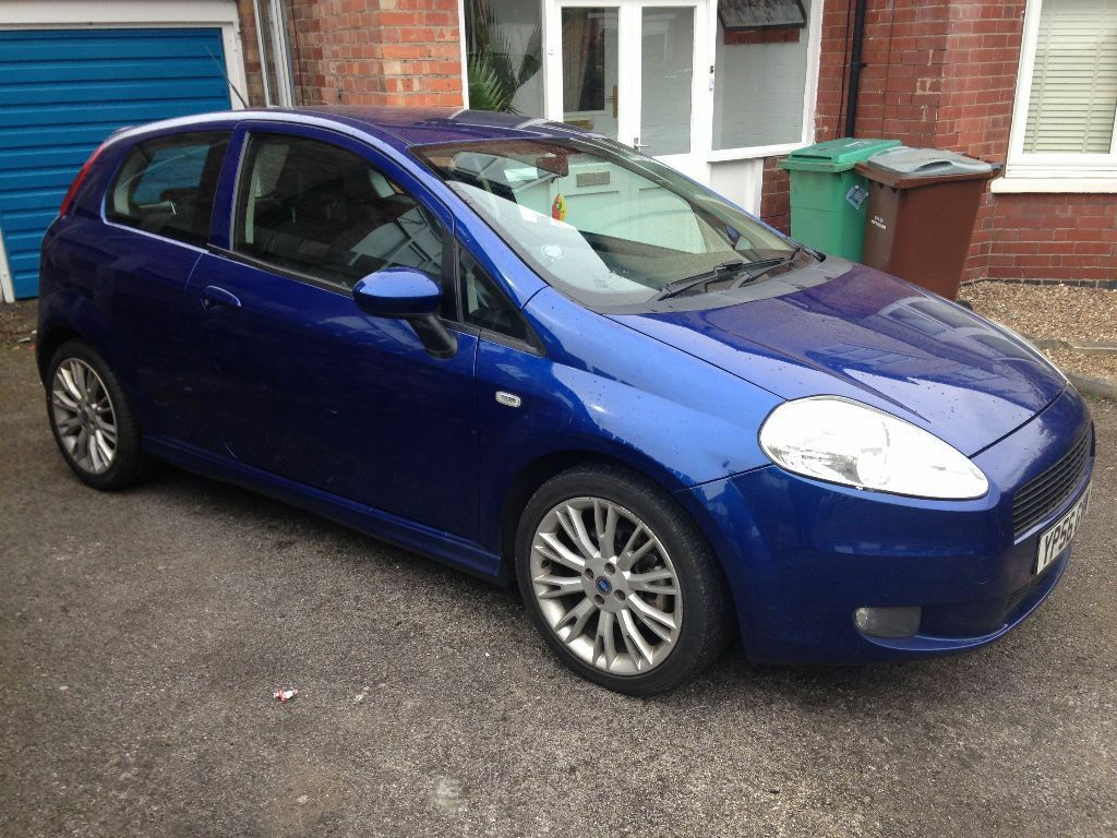 2006 fiat grande punto 1 9 multijet sporting turbo diesel blue manual 3dr bluetooth mot dec 16. Black Bedroom Furniture Sets. Home Design Ideas