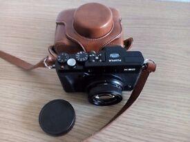 Fuji X30 Compact Digital Camera