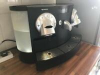 Nespresso Gemini CS 200 Professional Coffee Machine Capsule Coffee / Espresso machine