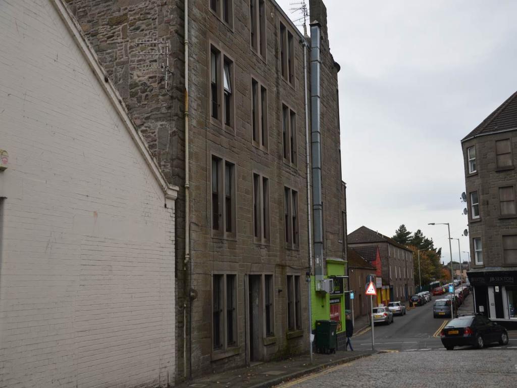 1 bedroom flat in Raglan Street, Dundee,