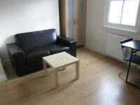 £260 / w - One Bedroom flat at Hammersmith Road, W14