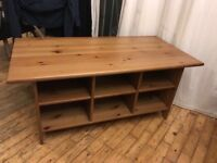 Solid oak coffee table unit with storage