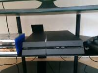 Ps4 500GB + Fallout 4, Black ops 3 and Fifa 17 - without controller