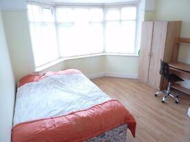 En suite doubles and single rooms