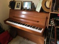 Modern Upright Piano, 88 keys
