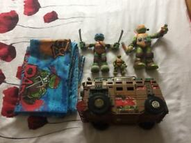 Teenage Mutant Ninga Turtles Bundle
