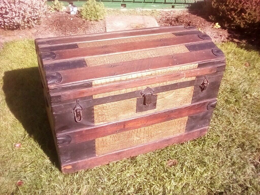 Beautiful Bow Top Trunk In Weston Super Mare Somerset Gumtree