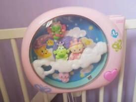 Baby cot projector