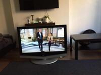 "Samsung 40"" LCD hd tv"