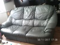 3 piece suite green leather good condition