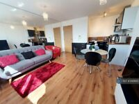 1 bedroom flat in Mann Island, Liverpool, L3 (1 bed) (#849665)