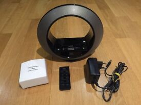 JBL Speaker with iPod & iPhone docking station