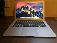 "MacBook Air 13"" i5 8GB Ram 250GB SSD"