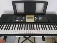 Yamaha PSR E223/YPT-220 Keyboard