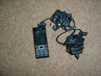 Sony Ericson bundle mobile phone chargers, phone has crack on screen still works £8