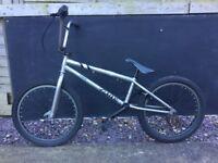 Source BMX Verde bike !!