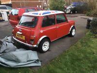 Classic Mini Cooper 1.3