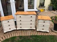 Matching pine chest of drawers & 2x bedside cabinets