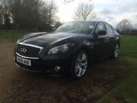 Infiniti M30dS Premium - Executive Saloon in excellent condition with HUGE specification