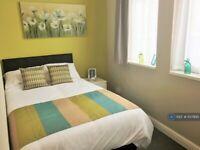 1 bedroom flat in Bradley Avenue, Castleford, WF10 (1 bed) (#1137895)