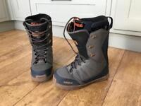 Thirty Two Snowboard Boots UK 8.5
