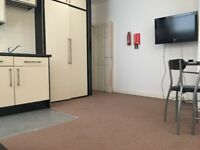 Modern 2 Bedroom Flat to Let conveniently located 3 minutes away from Highcross Shopping -LE1