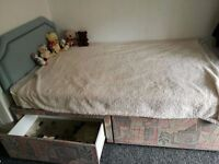 Small Double Divan Bed with drawers and a matress
