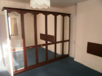 6 x Mirrored Wardrobe doors Good quality with Arched top - Priced low to sell quickly