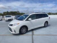 Miniature 1 Voiture Asiatique d'occasion Toyota Sienna 2020