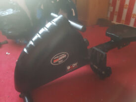 bodysculpture rowing machine. very good condition. hardly used.