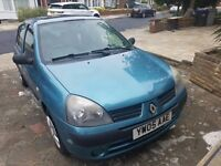 Renault Clio Automatic 2005 with 5doors £775