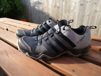 Gents Addias Terrex AX2R Sports Trainers size 9.5 (eu 44)
