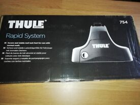 Thule wing bars and footpack 754