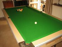Pool / billiard / snooker table with ball return feature 7 x 4 feet