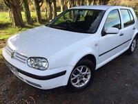 Vw golf 1.6 white hatchback full service mot £1095